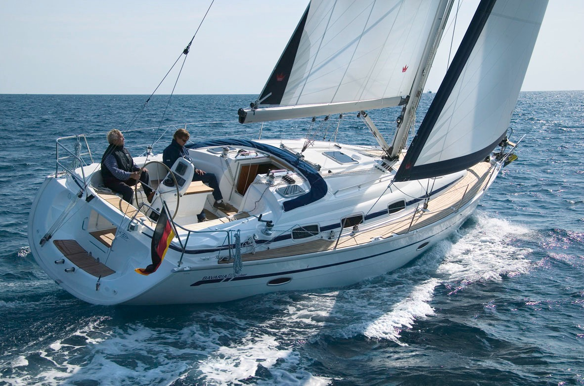 Full Team Bavaria Charter Boat 39 Cruiser